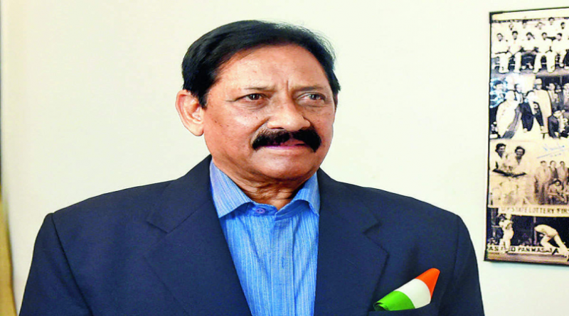 Chetan chauhan passes away